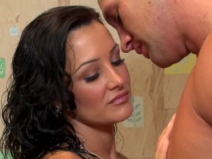 Georgeous Milf Lisa Ann Have Sex With Her Lover